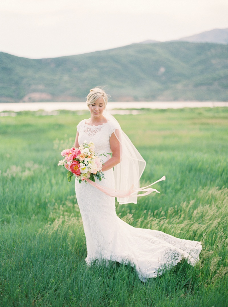 Fine Art Film Bridals - Utah Wedding Photographer Jacque Lynn Photography - www.jacquelynnphoto.com