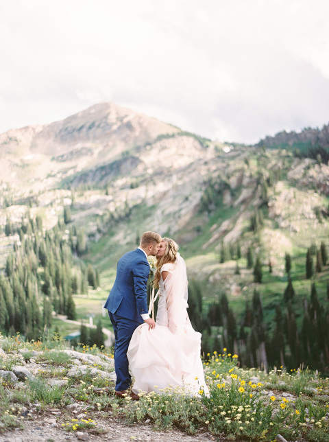 Utah Film Wedding Photographer, Mountain Weddings, Fine art photography by Jacque Lynn - www.jacquelynnphoto.com